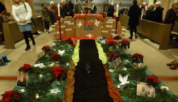 Adventsfeier der Mitarbeiter in der Liebfrauenkirche. Foto: Caritas